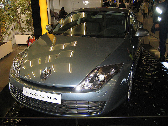 nouvelle renault laguna coup une dizaine de photos. Black Bedroom Furniture Sets. Home Design Ideas