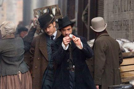 Sherlock Holmes et le Dr Watson (Jude Law)