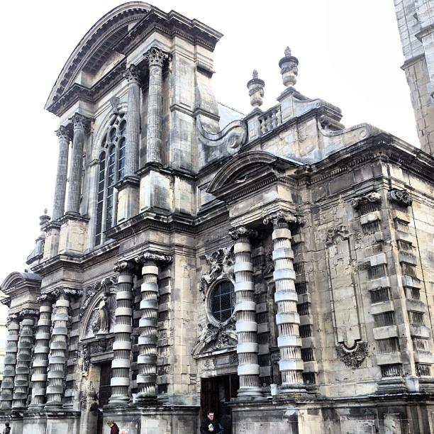 Les superbes colonnes de Notre Dame du Havre