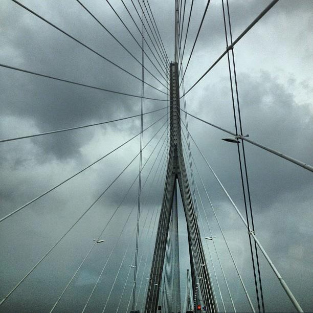 Le Pont de Normandie, c'est beau même d'en dessous