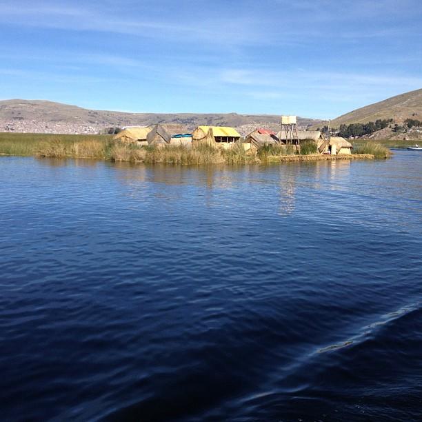 iles uros lac titicaca