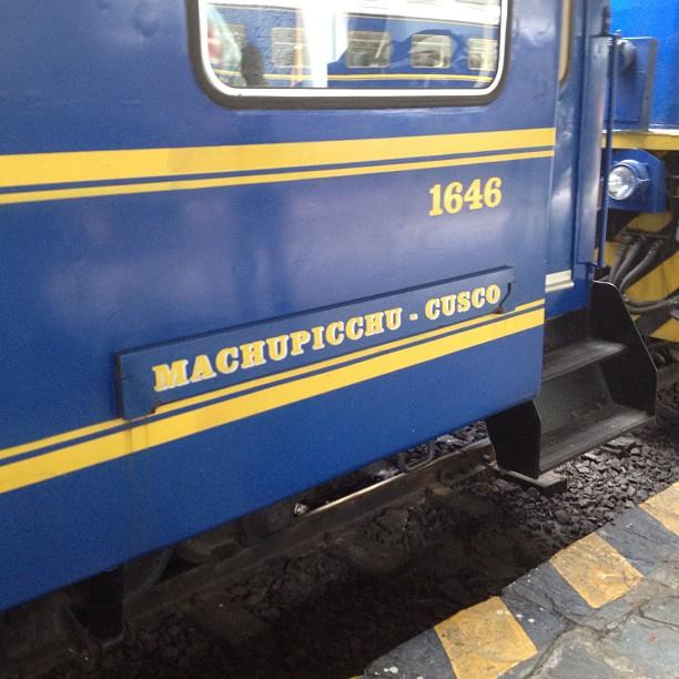 train Ollantaytambo Peru Rail Machu Pichu Cusco
