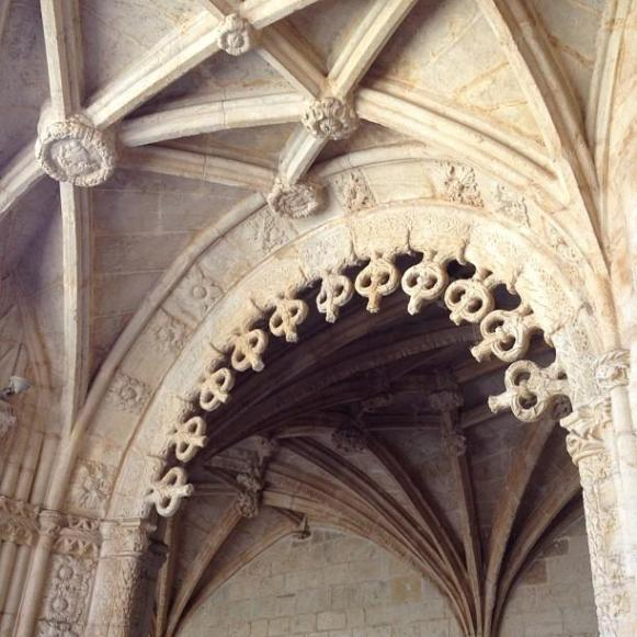 Lisbonne Cloître du Monastère des Jeronimos