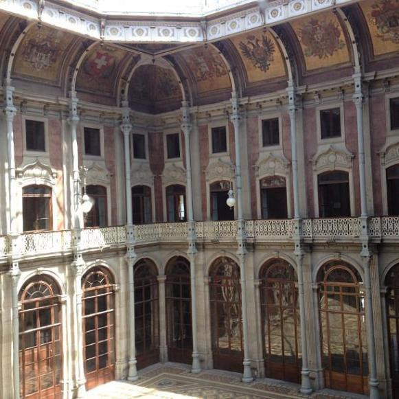 Palais de la Bourse Porto cour intérieure