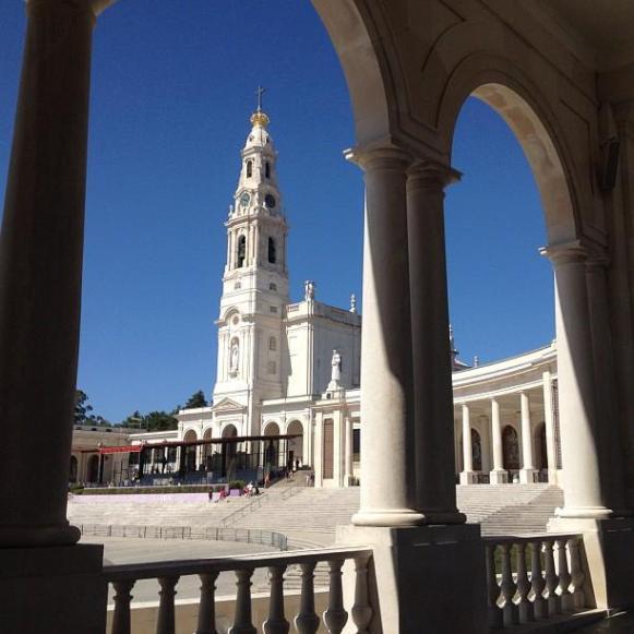 sanctuaire de Fatima basilique néoclassique