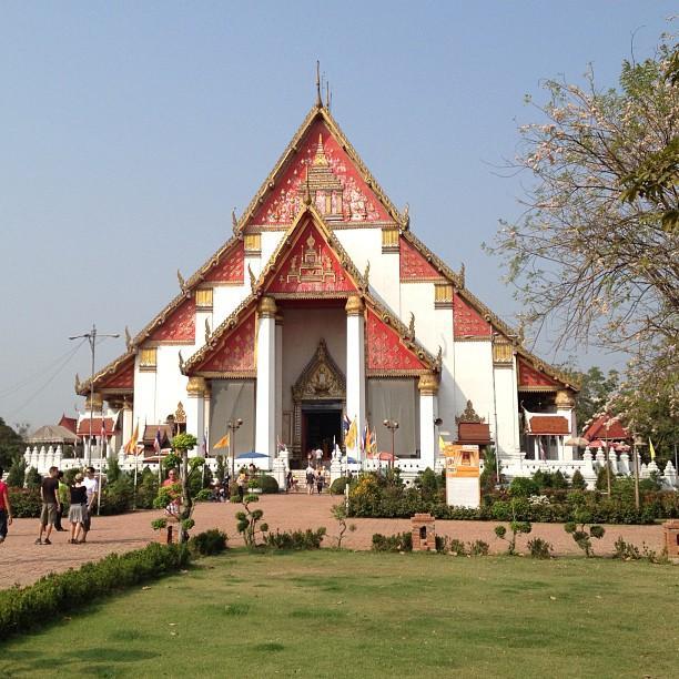 Thailande Ayutthaya Wihan Phra Mongkhon Bophit