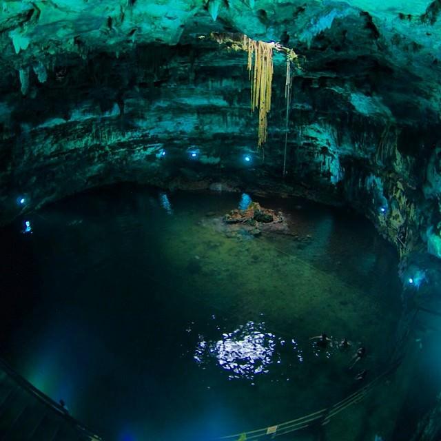 Cenotes Dzitnup Xkeken