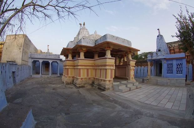 2014-03-12 Inde Ghanerao Temple
