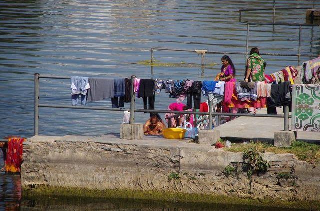 2014-03-14 Inde Udaipur Bagore-Ki-Haveli Gats