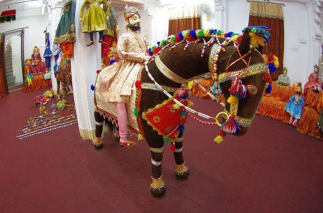 2014-03-14 Inde Udaipur Bagore-Ki-Haveli