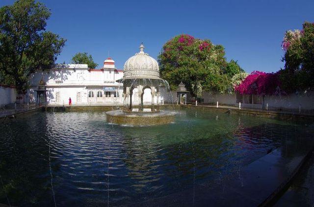 2014-03-14 Inde Udaipur Sahelion-Ki-Bari