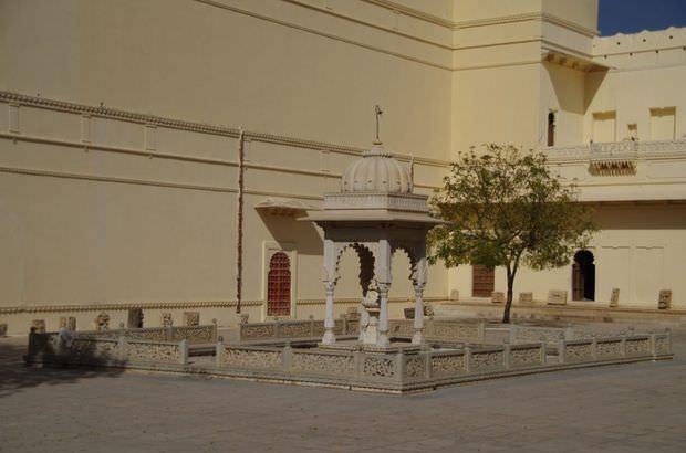 2014-03-15 Inde Chittorgarh Palace Fateh Prakash
