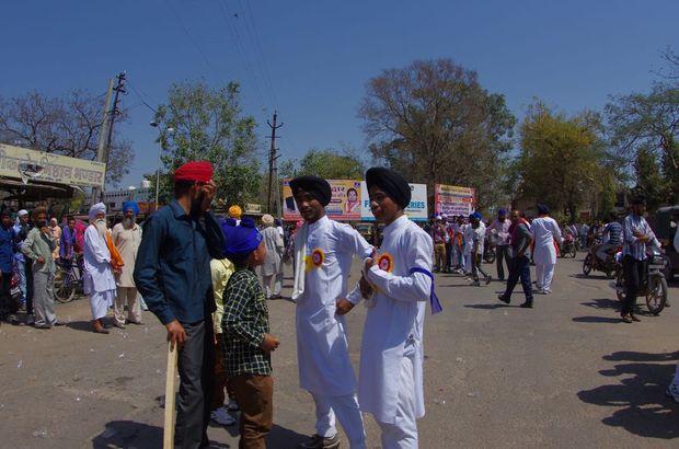 2014-03-16 Inde Bundi Holi Festival Sikhs