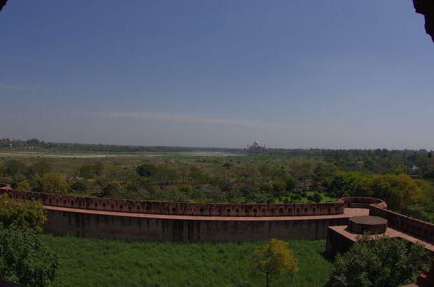 2014-03-20 Inde Agra Fort Rouge vue sur le Taj Mahal