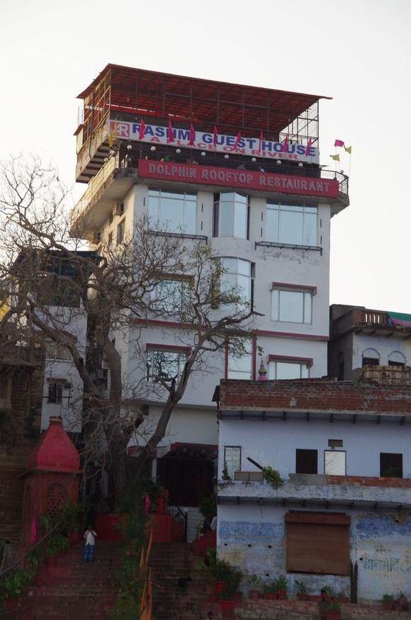 2014-03-21 Inde Varanasi Boat Tour Ghats Rashmi Guest House