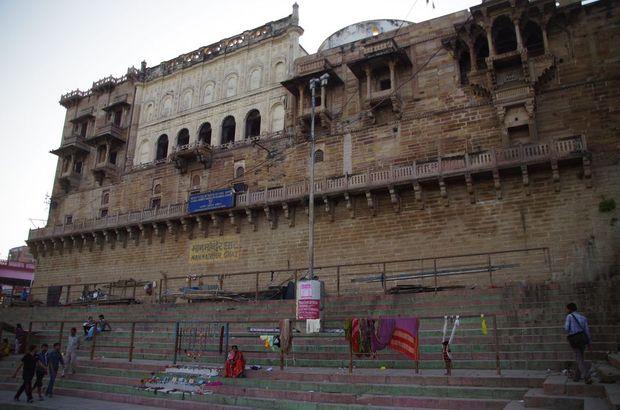 2014-03-21 Inde Varanasi Man Mandir Ghat