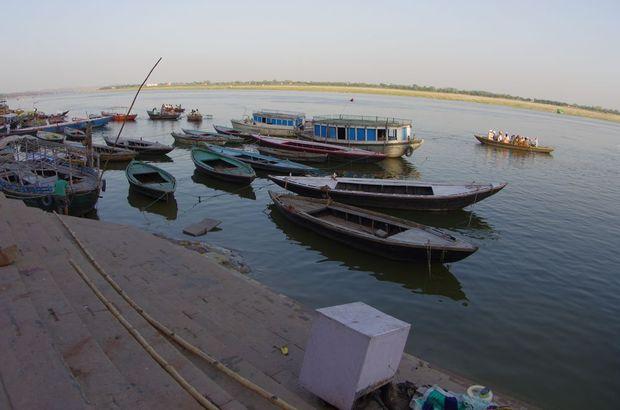 2014-03-21 Inde Varanasi Ghats Cremation Manikarnika