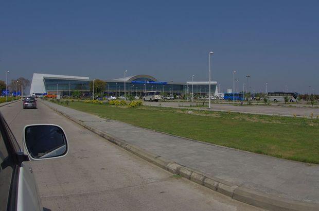 2014-03-22 Inde Varanasi Aeroport