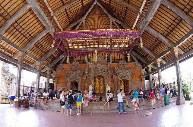 2015-05-14 Bali Ubud Hall