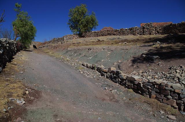 Bolivie - Sucre - Maragua Crater maison Espagnol