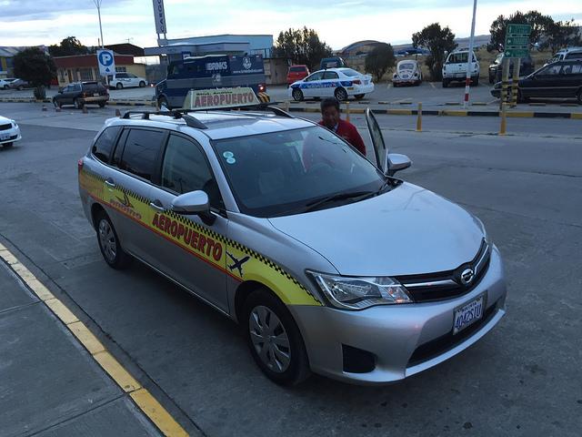 Bolivie - Sucre - La Paz - Aeroport Taxi