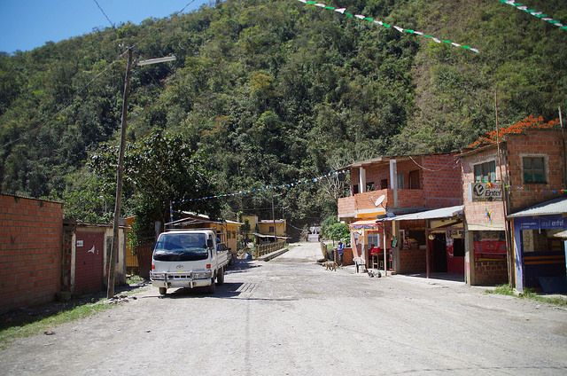Bolivie Yungas Death Road Yoloso