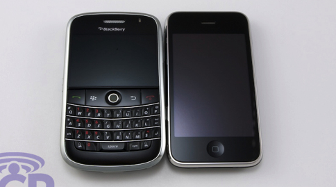 Blackberry Bold vs iPhone 3G